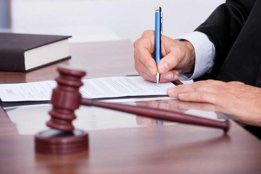 Read more about the article Wyrok wraz z klauzulą wykonalności został zgubiony, co zrobić? Utracony tytuł wykonawczy